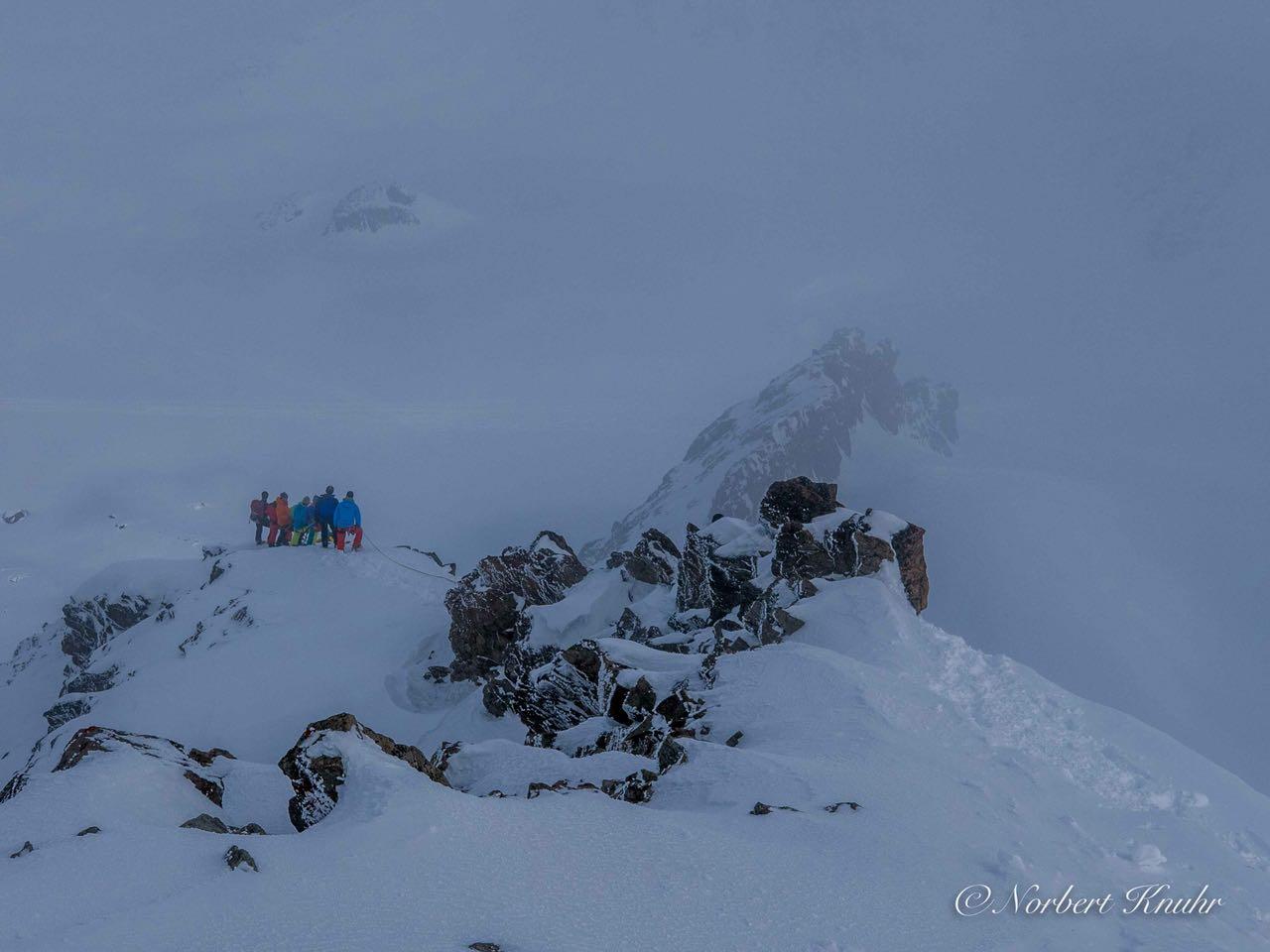 44 Schweizer Gruppe beim Abstieg