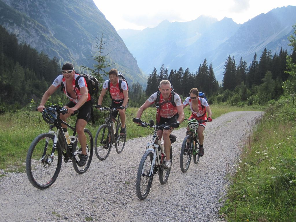 07 Auffahrt durchs Karwendeltal