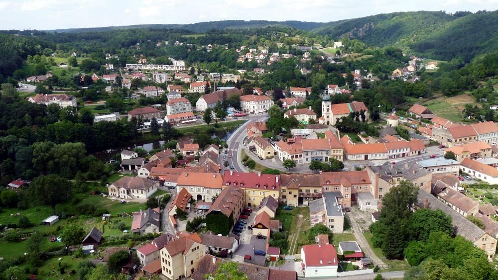 Boehmische Grenztour 014 Blick vom Schloss auf Frain