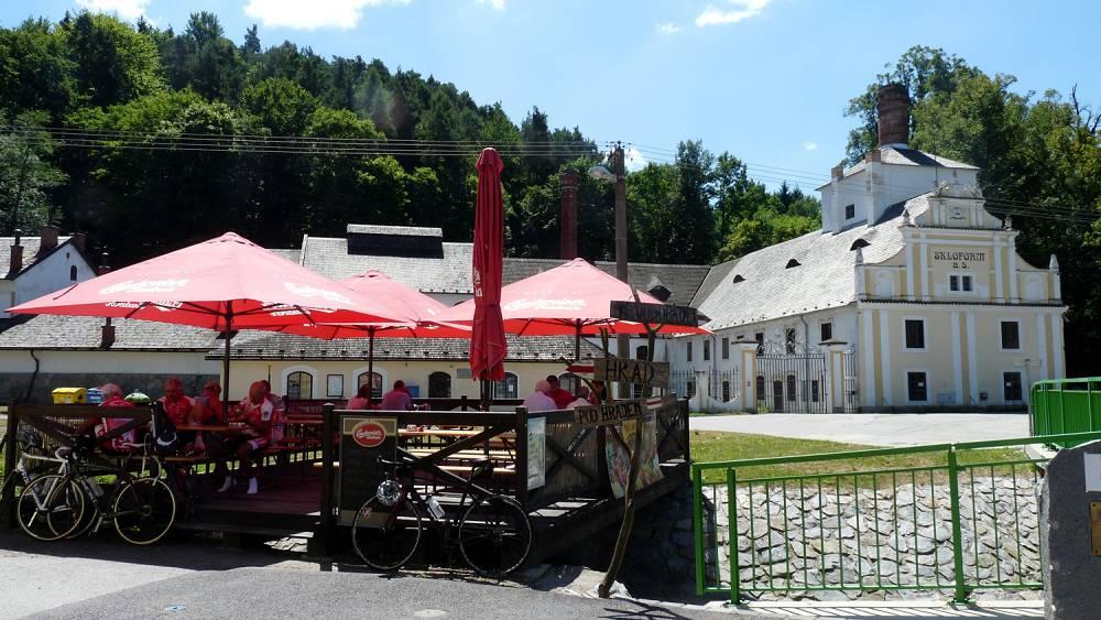 Boehmische Grenztour 027 Mittagessen in Gratzen