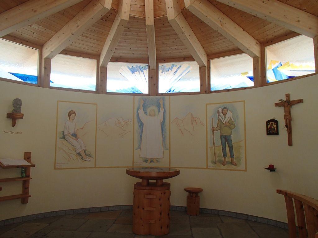 2_13_schoene Kapelle bei Lavarellahuette_Karin Dol 023