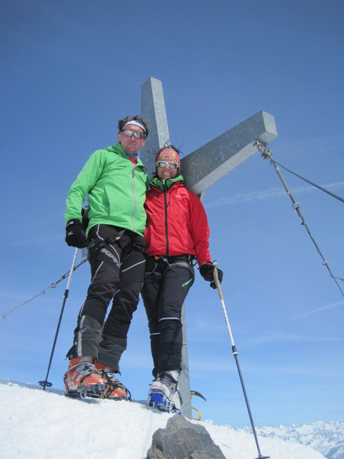 34 Gipfelkreuz Weißkugel
