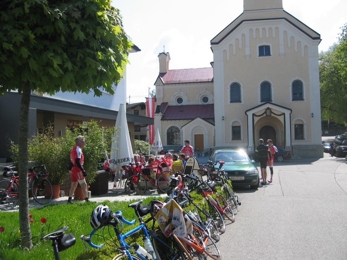 06_Rennradler in Maria Schmolln