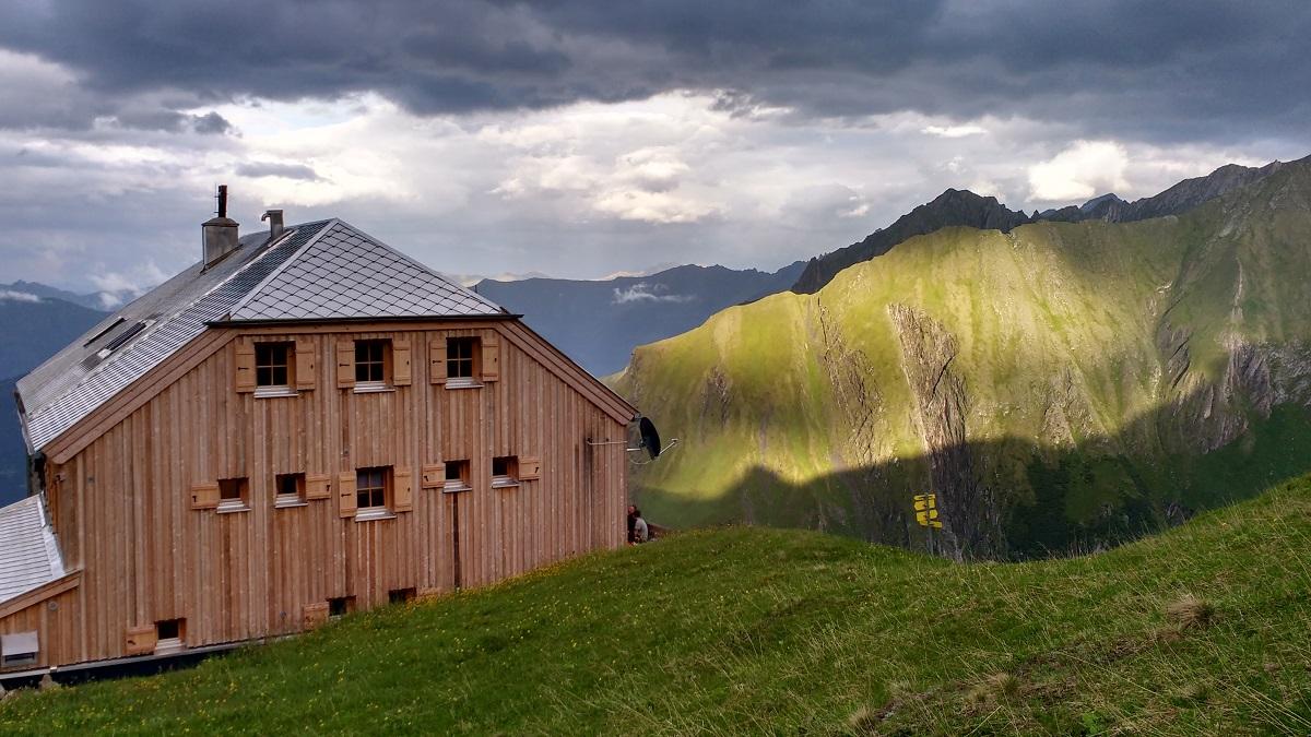 Die Gleiwitzer Hütte ist geschlossen. Die Sektion bedankt sich bei der Antje und allen freiwilligen Helfern für die tolle Arbeit.